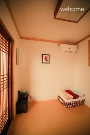 Bukchonmaru Room2 (bakkatbang)