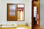 Mumum / Calm Layover Room 6