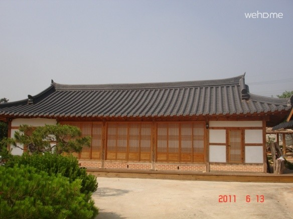 Hyun-Shim Lee's Old House