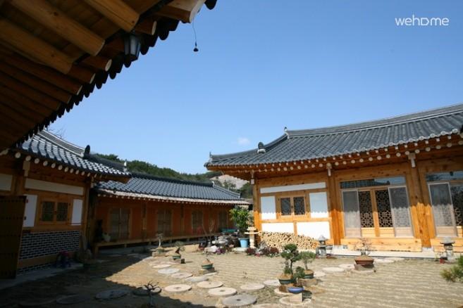 KeumSooDong HanokStay_BaeBat-Gol(4)