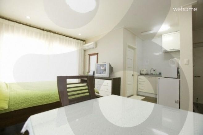Jeju pensicola 2floor couple room_3