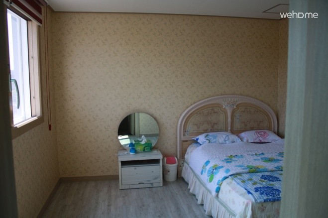2nd floor double room