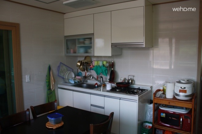 1st floor common kitchen,