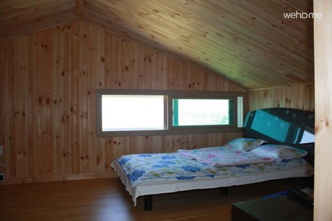 3rd floor attic