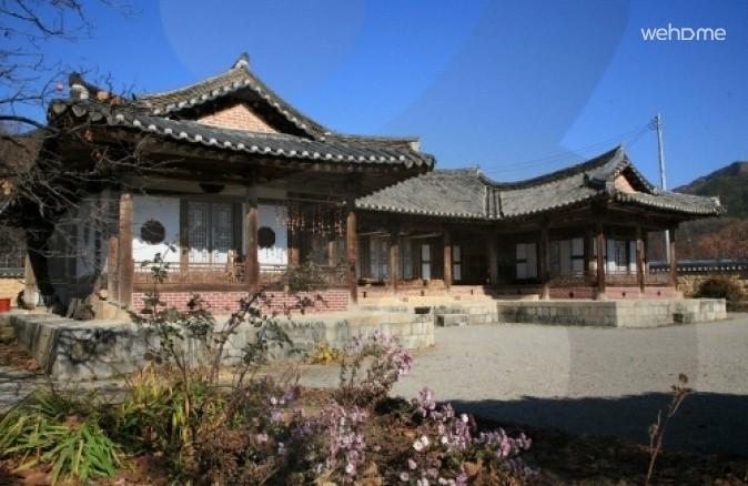 Sun Byung-Gook GahOk_Room 1