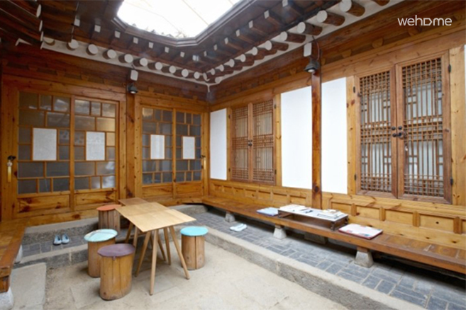 Space heling through Hanok, Pine Suite: Suite Room