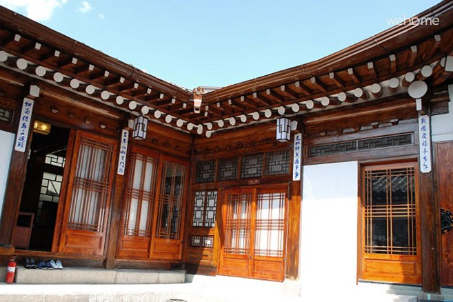 Gowoondang (located in the west of Gyeongbok Palace) Gold Room