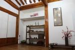 A Korean traditional house located in Bukchon Hanok Village : Triple