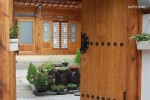 A Korean traditional house located in Bukchon Hanok Village : Family