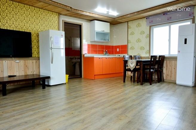 [Suncheon] Heukdurumi Homestay Room #101 for 2~4 people
