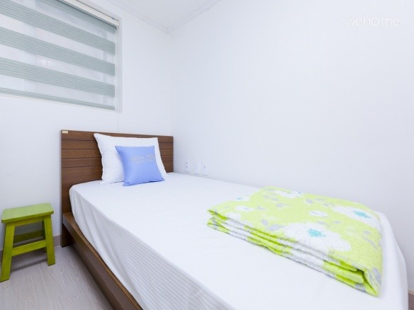 - Twin Room with 2 Super Single Beds