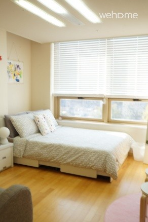 Sunny studio in Insadong Seoul (up to 2PAX)