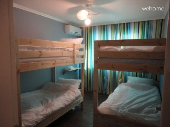 Double decked bed for Female @Xeromine, itaewon