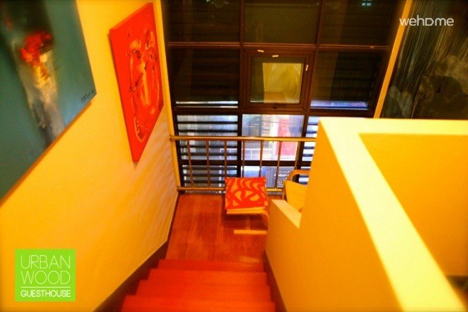 Hongdae Urbanwood Guesthouse - Dewey Meadow(deluxe triple room)
