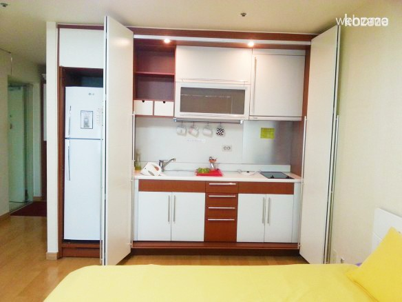 Studio in Hongdae (up to 4 PAX)