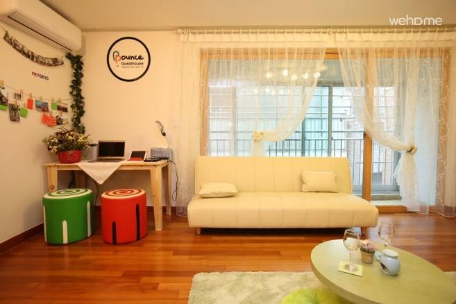 [Hongdae] Bounce Guest House - 6-Beds Female Dorm