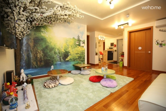 [Hongdae] Bounce Guest House - 8 Bed M/F Dorm