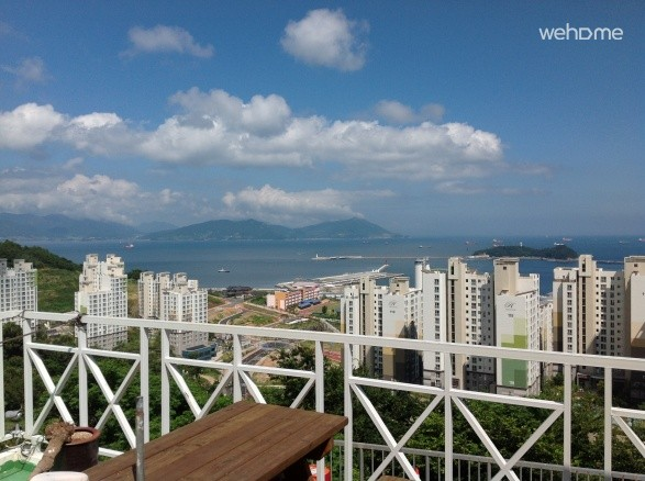 Expo Square, 5 minutes - to the Expo Yeosu Bed and Breakfast Accommodation