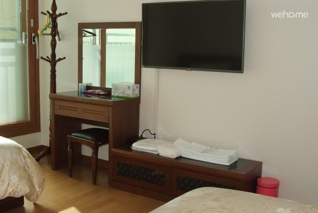 Gwangjingu Achasan, Sura House, Double room