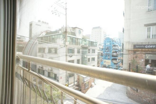 Entire Flat in Gangnam (2-3 PAX)