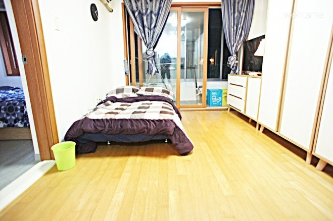 Entire Flat in Gangnam (1LR/1BR)
