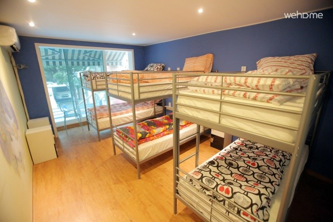 Female Dormitory with 6 bed 'Jimi'