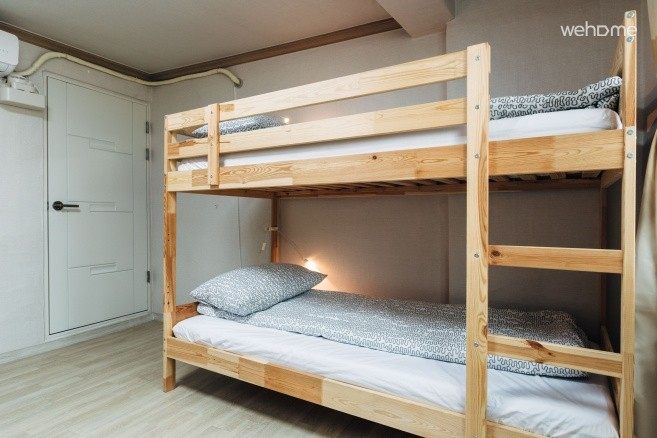 6 beds room D / 10 GUESTHOUSE