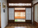 [Bukchon] hanok that the scent of tradition coexist, the middle room