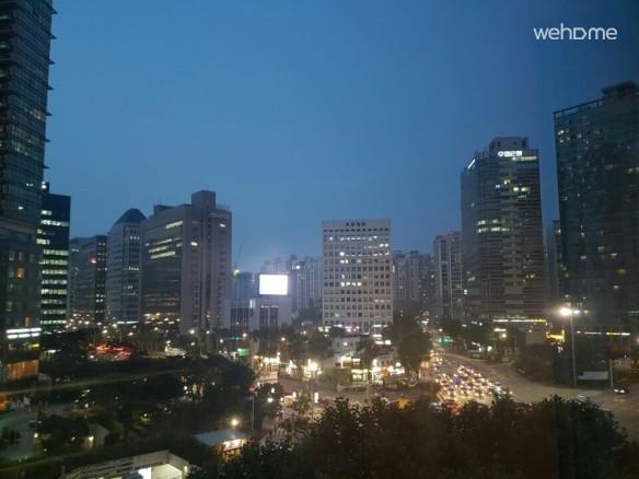 10 sec from gongdeok station