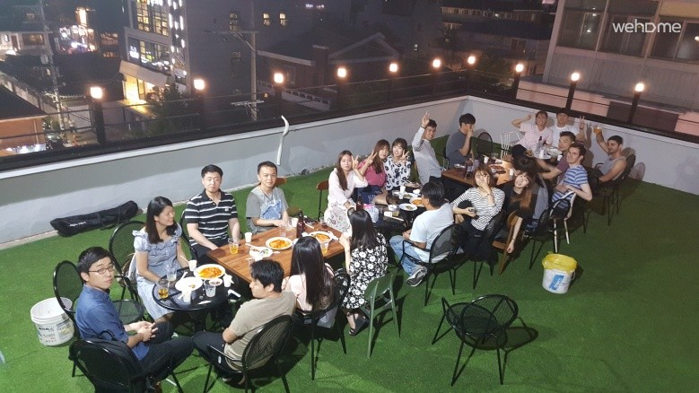 (NEW OPEN-4 MALE DORM) Let's have fun in rooftop!