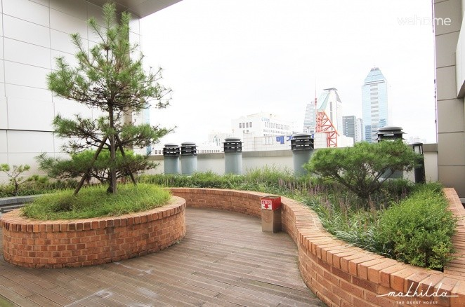 10 Sec to Gangnam Stn Exit 1