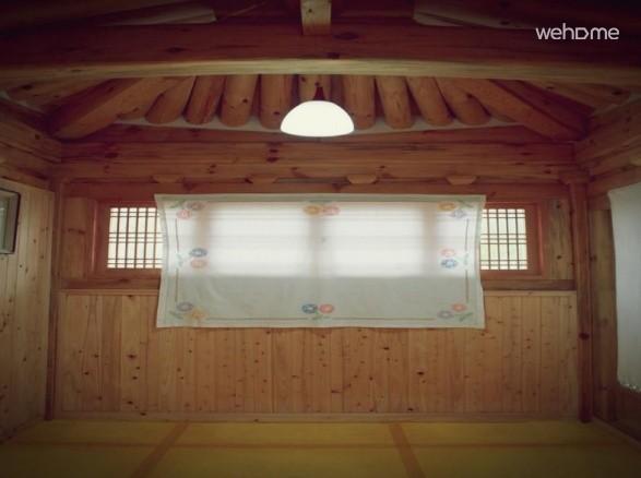 Jeonjucheon of streams, Jeonju Hanok 'swing pole' _ the main house one room