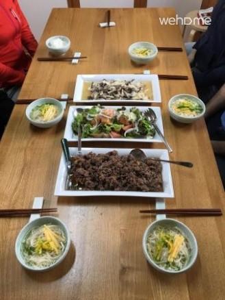 Bukchon Hanok Seoul uncle (mother nongkkeut) _ geolbang