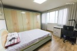 large room with toilet + Home food + Best location