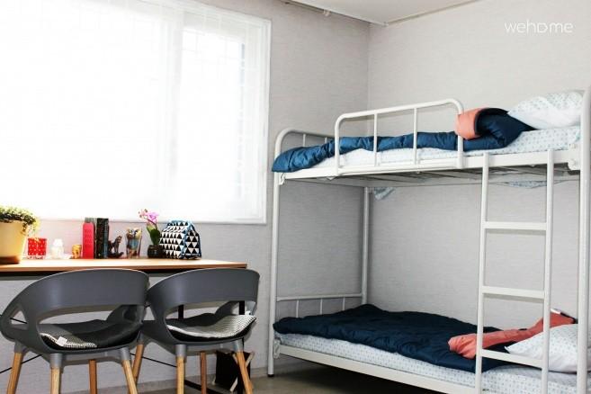 6 persons bedroom