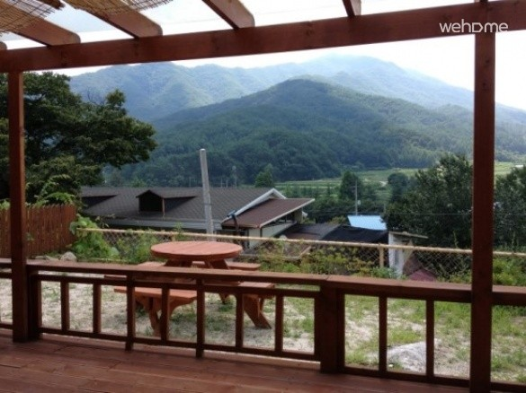 One-family pension with a combination of Deogyusan and Wolsong valley - A prospective house