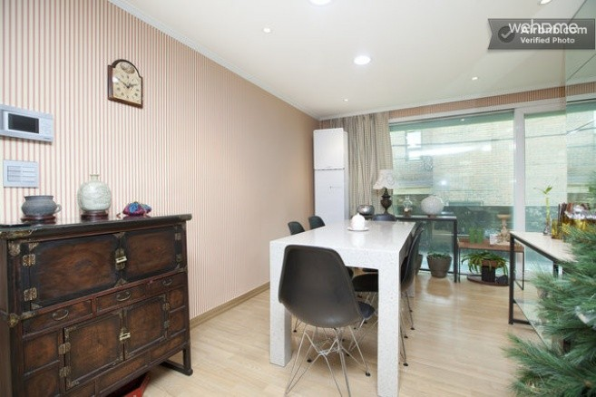 Itaewon House with Hotel Interior