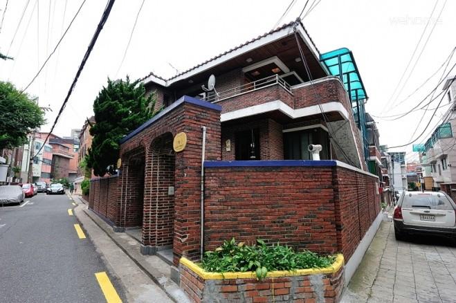 Female dormitory, Oasis guesthouse Hongdae Seoul