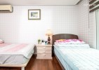 Sky Koji Room 2 (3 persons, 2 beds, 5 minutes from Seoul Station, 7 minutes from subway lines 1, 2,