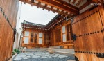 Bukchon Hanok (entire house) _ wudang[u: daŋ]
