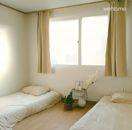 Sweet house in gyeonglidangil