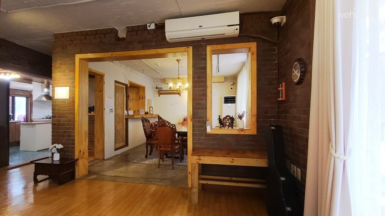 Private house ideal for small group gatherings