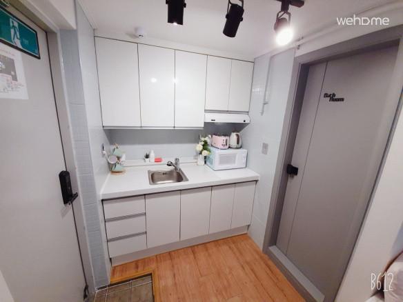 [Sweet Memory#1] Hongdae Exit#3 5min  Room&Rooftop